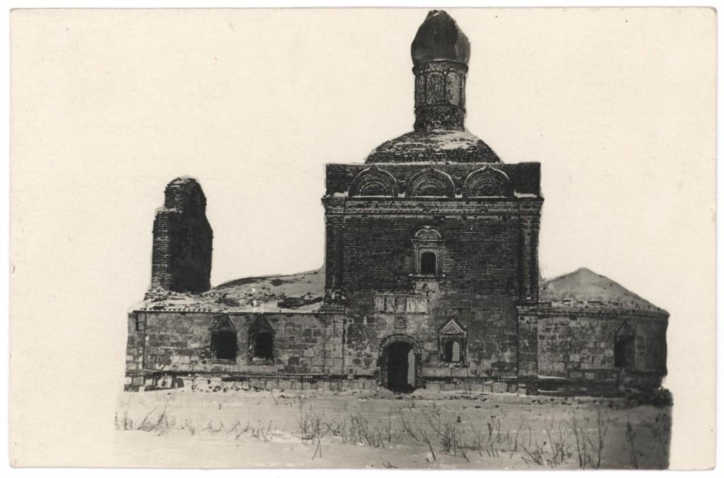 Разрушенный Толпинский храм